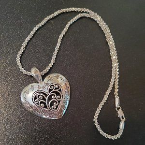 Silver Tone Large Heart Pendant Necklace Floral 18